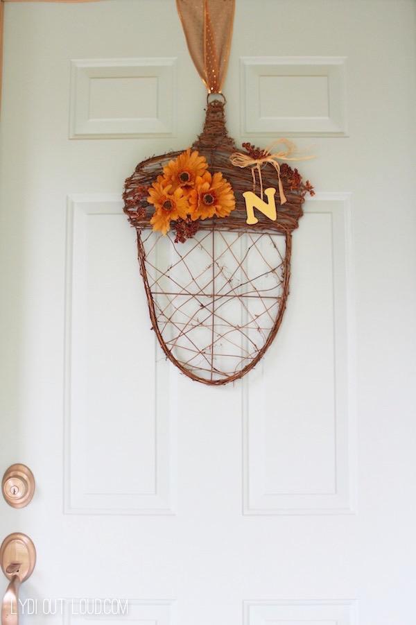 Acorn fall door decor