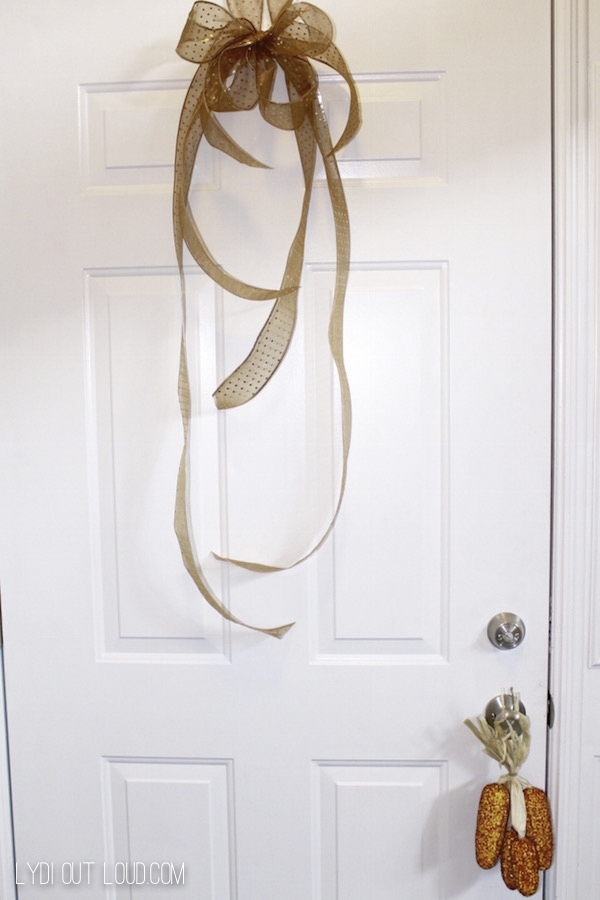 Decorate the back of the door for Fall too!