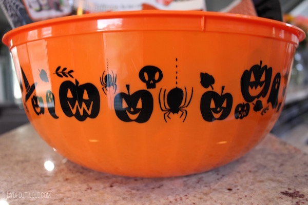 Pumpkin bowl Halloween neighbor gifts