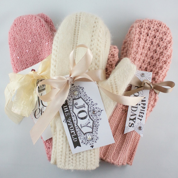 Adorable DIY sweater mittens!