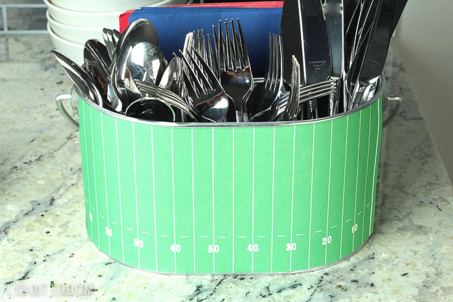 FOOTBALL SILVERWARE CADDY