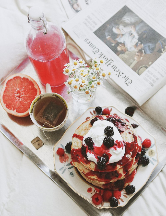 Delicious oatmeal yogurt pancakes with berries for Valentine's Day breakfast in bed!
