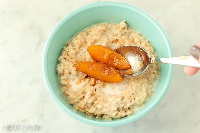 Caramelized Peaches and Cream Oatmeal