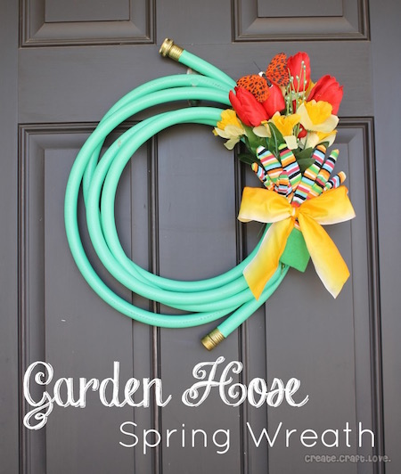 DIY Garden Hose Spring Wreath - too adorable!