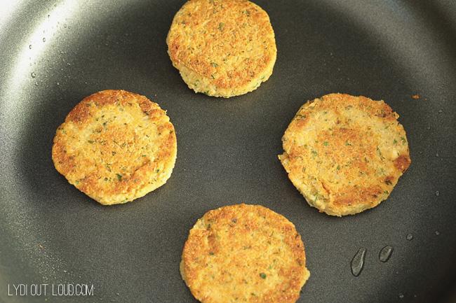Pan fry Quinoa Falafel Cakes