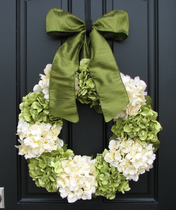 Beautiful Spring Hydrangea Wreath