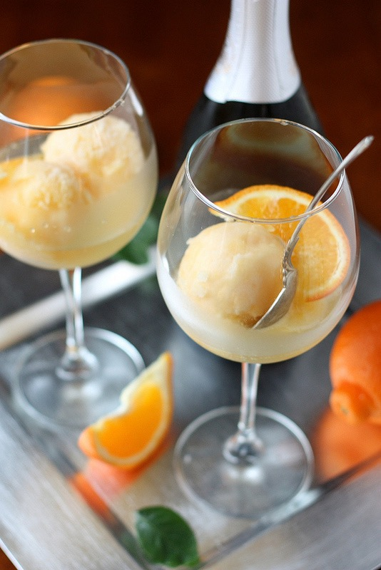 Wow! Tangerine Sorbet Champagne floats - that's my kind of mimosa!!!