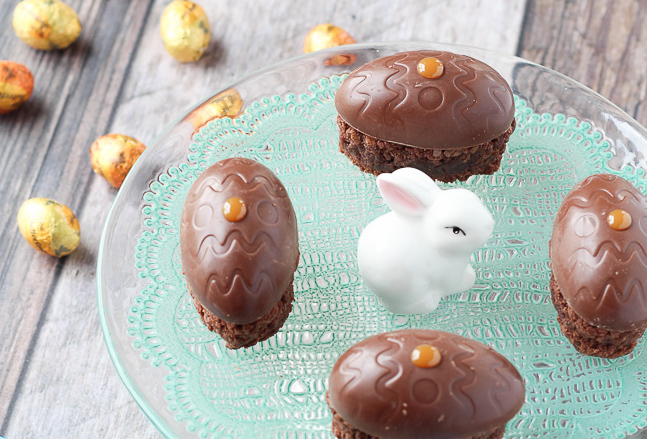 BUTTERFINGER® Nest Eggs Brownie Bars - mmmm these are a perfect Easter dessert!