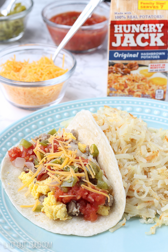 The perfect bringer - breakfast tacos and crispy hash browns!