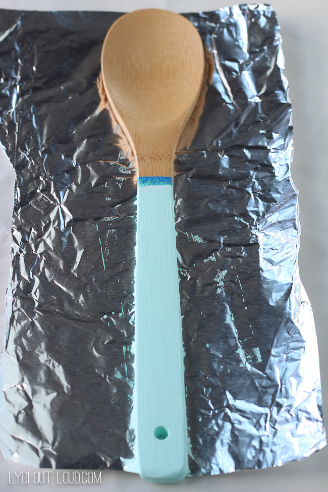 Allow paint to dry on tin foil