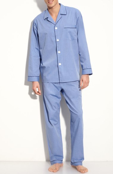 2 year wedding anniversary gift ideas - cotton pajamas