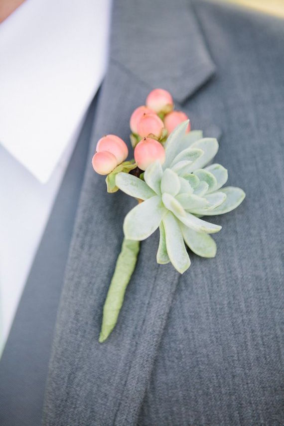 Succulent boutonniere - if I were planning my wedding now I would totally have these for the guys!