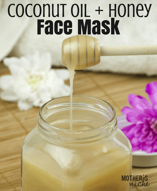 This Coconut Oil & Honey face mask makes skin feel so smooth and tightened!