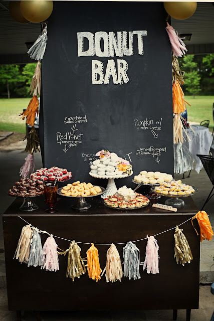 OMG a donut bar?! That's my kind of bar! I love this idea!