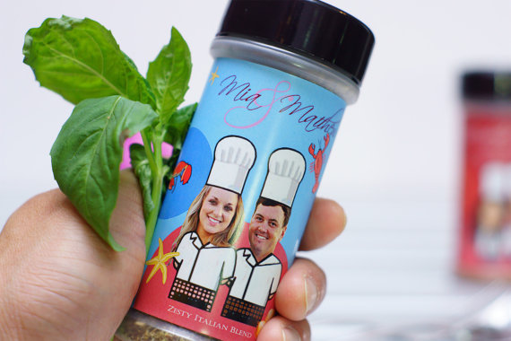 These are too cute! Personalized spice bottles with the bride and groom's pictures. What a fun wedding favor idea!