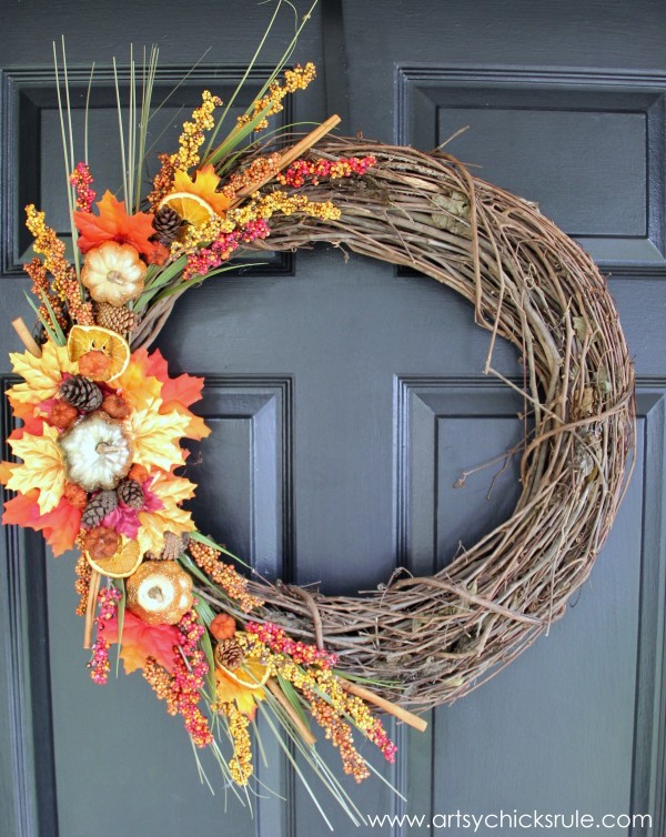 Beautiful DIY Fall Harvest Wreath