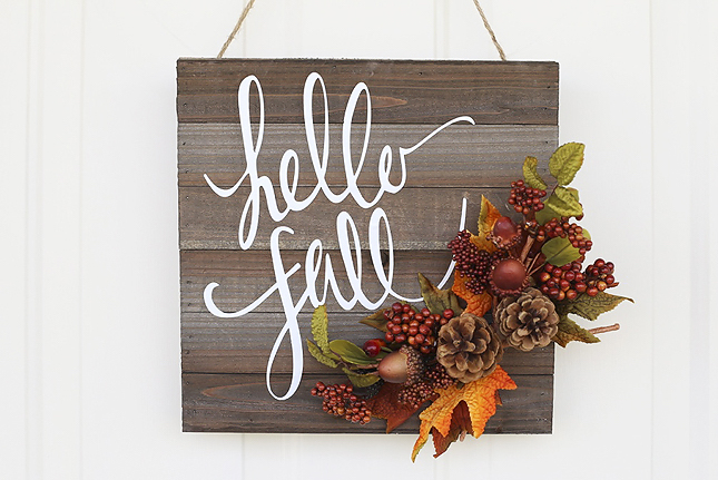 I'm obsessed with this Hello Fall Door Hanger from the Silhouette blog!