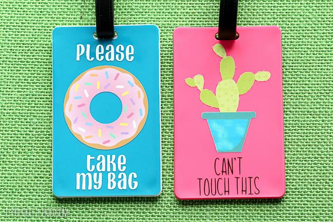 These DIY luggage tags are so fun!