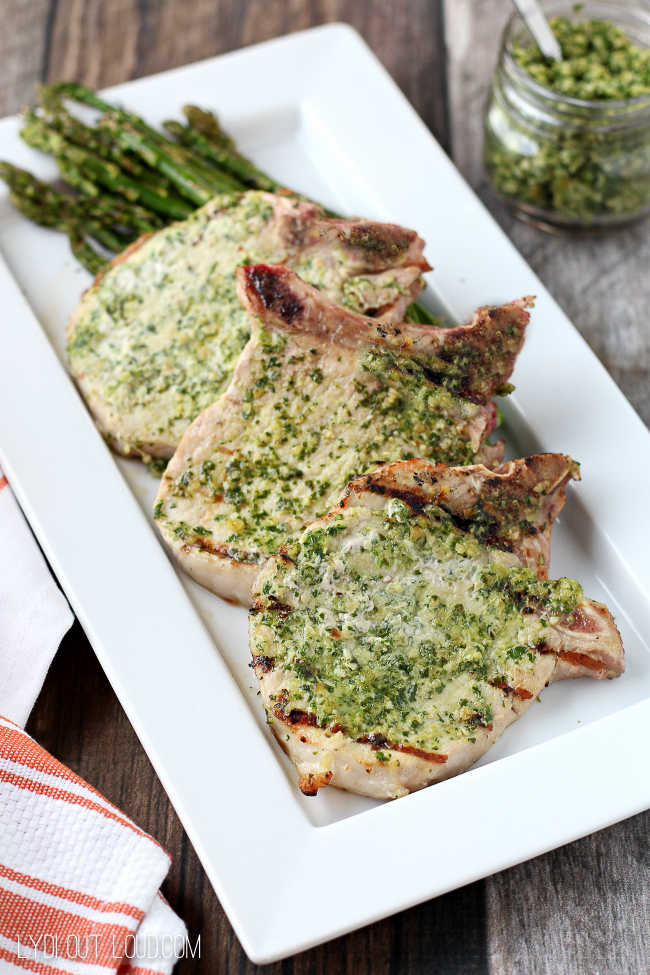 Arugula Pesto Grilled Pork Chops - these are so flavorful and delicious!