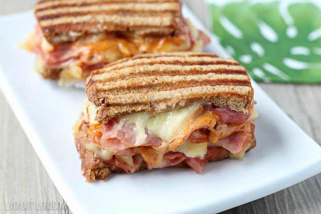 This Sweet & Spicy Ham & Gruyere Panini is like a total flavor explosion - sooo good!