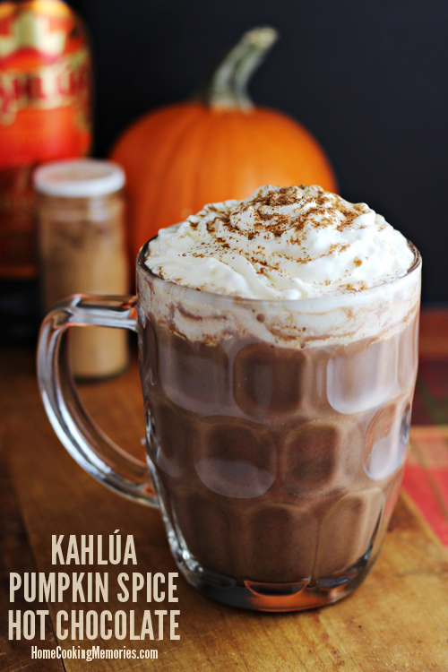 Kahlua Pumpkin Spice Hot Chocolate. I want one of these right now!
