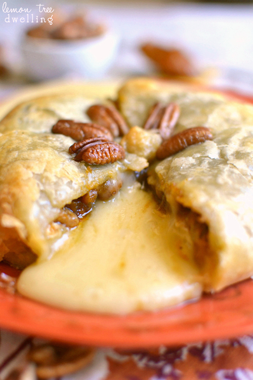 Pumpkin and Pecan Baked Brie - some of my favorite things in one dish!
