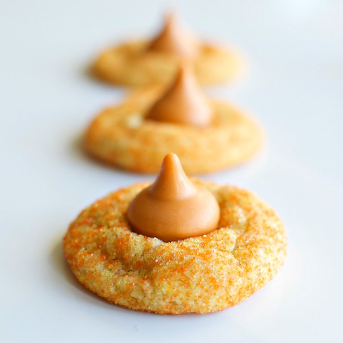 Delicious White Chocolate Pumpkin Blossom Cookies