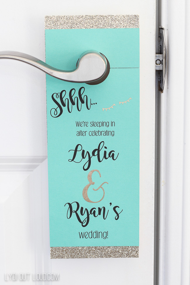 Wedding Hotel Guest Door Hanger favor - so cute and a super easy DIY!