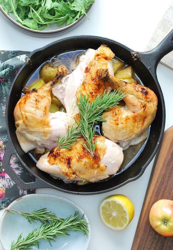 Honey Glazed Apple Roast Chicken - this looks soooo good!