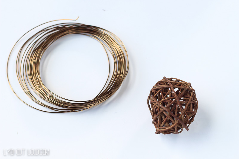 Grapevine & Wire DIY Napkin Rings supplies