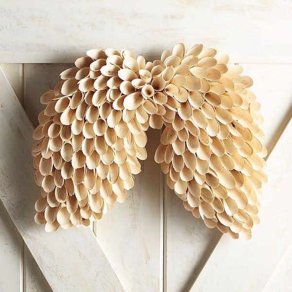 Wood Curls Angel Wings Wreath - so sweet and beautiful!