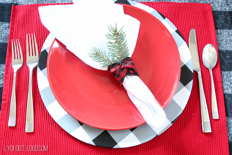 Beautiful Christmas Place Setting with DIY Buffalo Check Charger Plates
