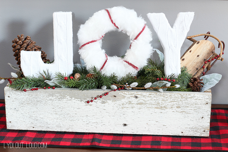 Christmas Joy Sign - I love this for my entryway at Christmastime!