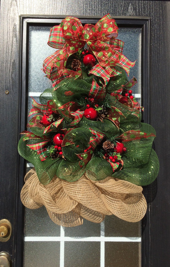 30 gasp worthy christmas wreaths lydi out loud for How to make christmas door wreaths