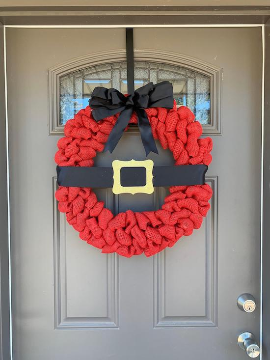 Santa Belt Buckle Wreath