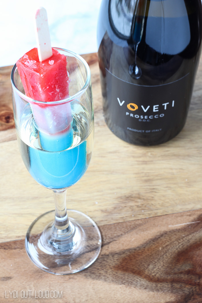 Bomb Pop Fizz-Fizz Champagne cocktail - this was so yummy!