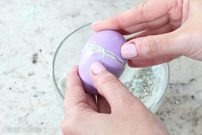 DIY Bath Bomb Easter Eggs