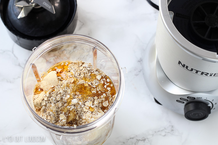Peanut Butter Oatmeal Cookie Smoothie
