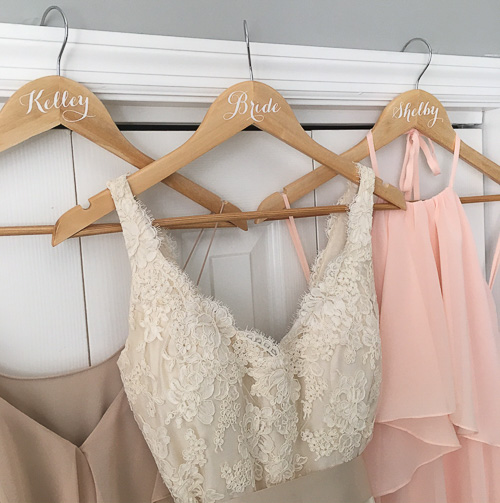 DIY Personalized Wedding Hangers - Coastal Kelder