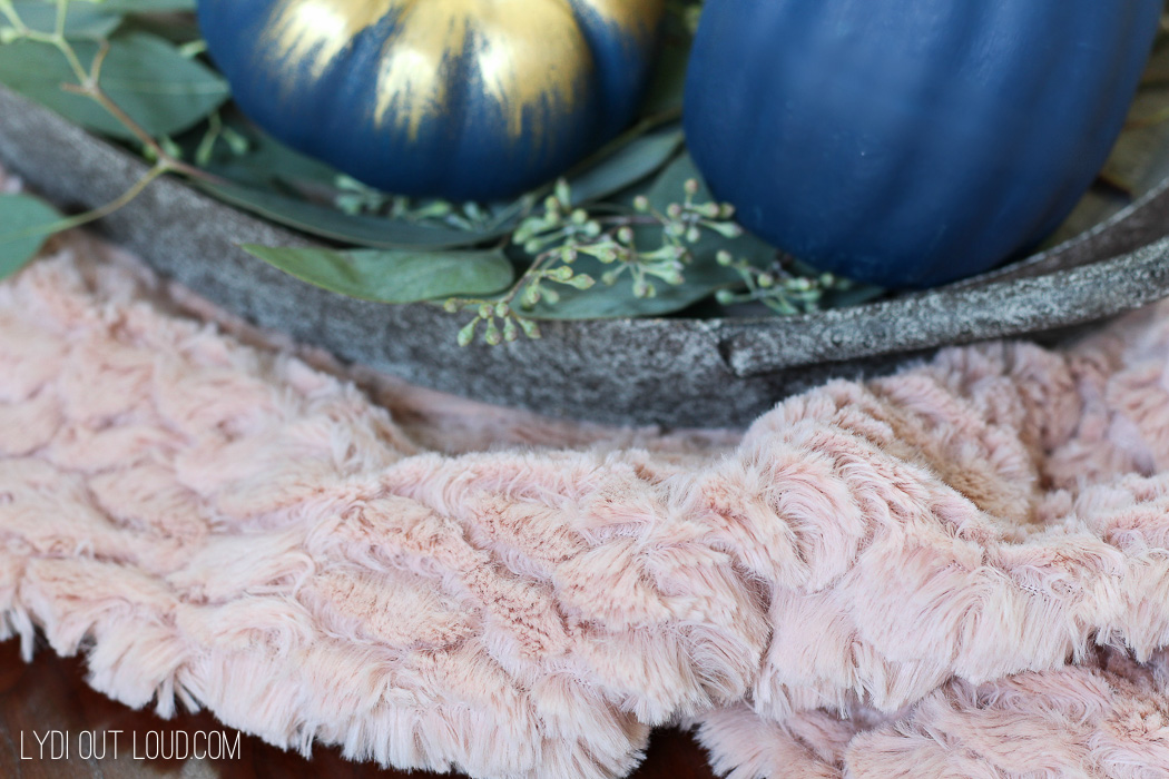 Blush Faux Fur for Farmhouse Glam Fall Centerpiece
