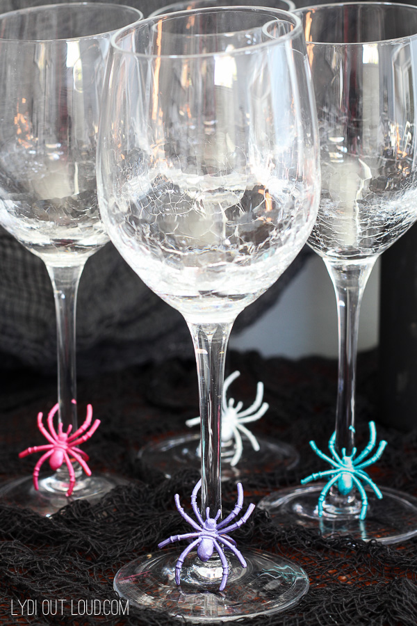 Metallic Spider Halloween Wine Charms