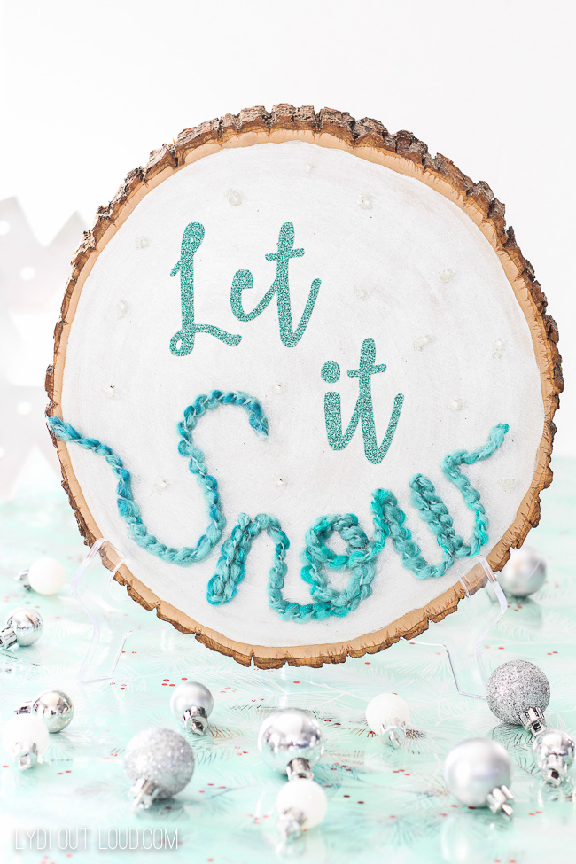 Let it Snow DIY Christmas Sign