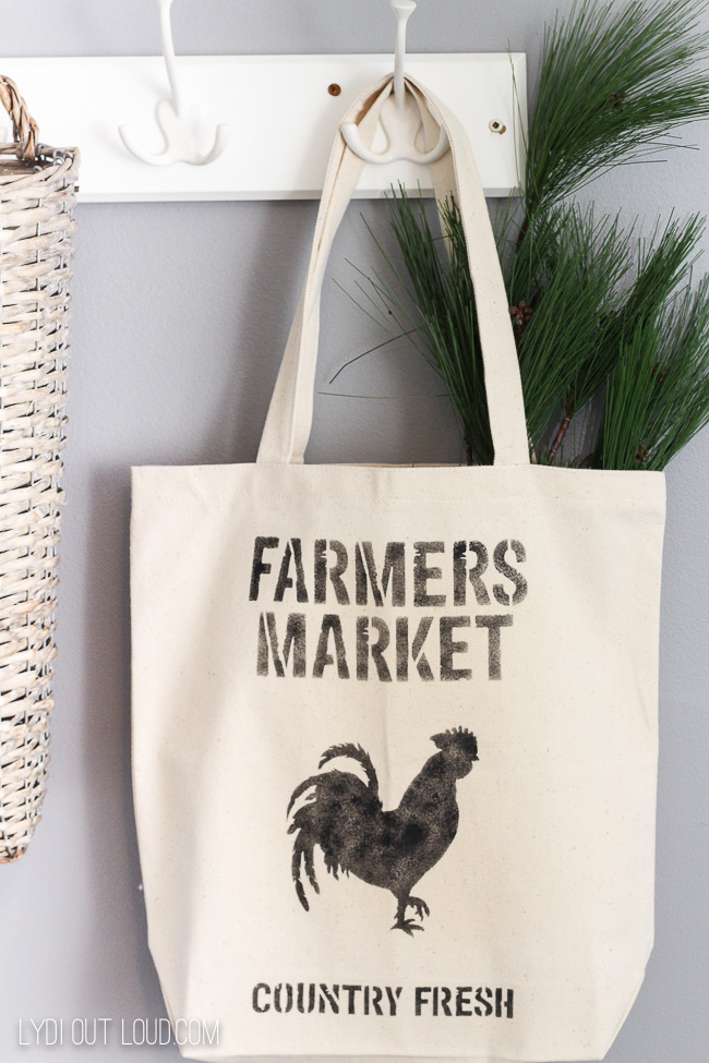 Farmer's Market DIY Tote Bag gift idea #farmhousedecor #farmersmarket #diygiftideas