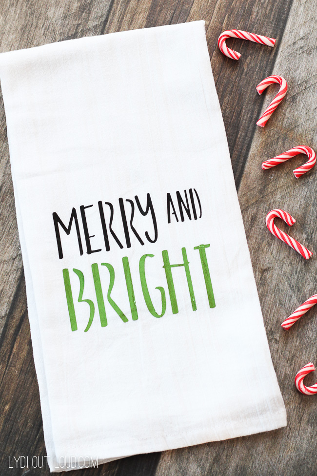 Merry and Bright Christmas Tea Towel #diychristmasdecorations #christmasteatowels #christmasgiftideas