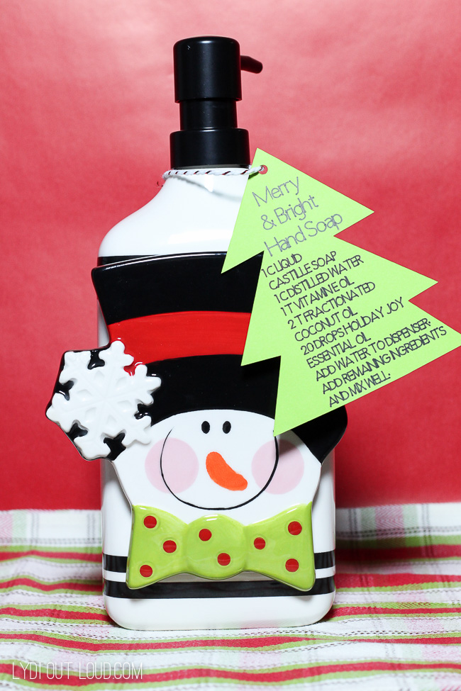Homemade hand soap gift ideas #Christmasgiftideas #hostessgiftideas #diygifts