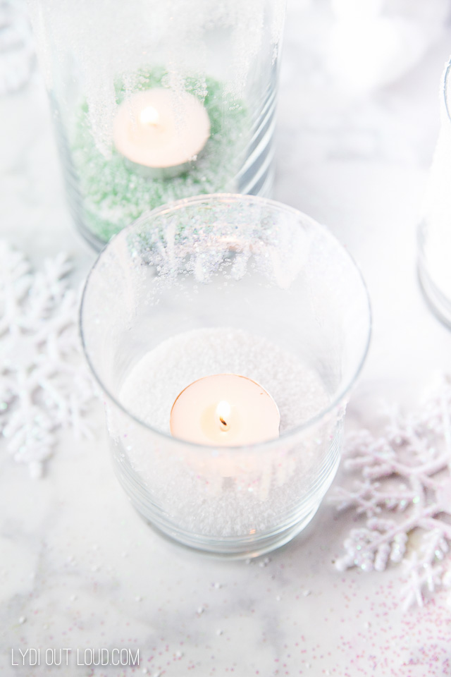Glittered Winter Candle Holders #christmasdecorations #diyhomedecor #dilycandleholders