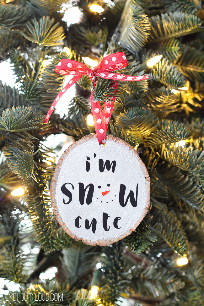 I'm Snow Cute Wood Slice Ornament #diyornament #christmasornaments #diychristmasdecor #christmas