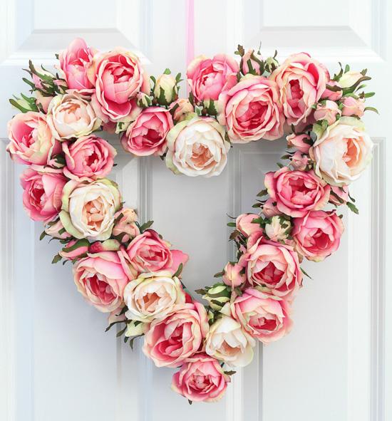 English Rose Heart Shaped Wreath