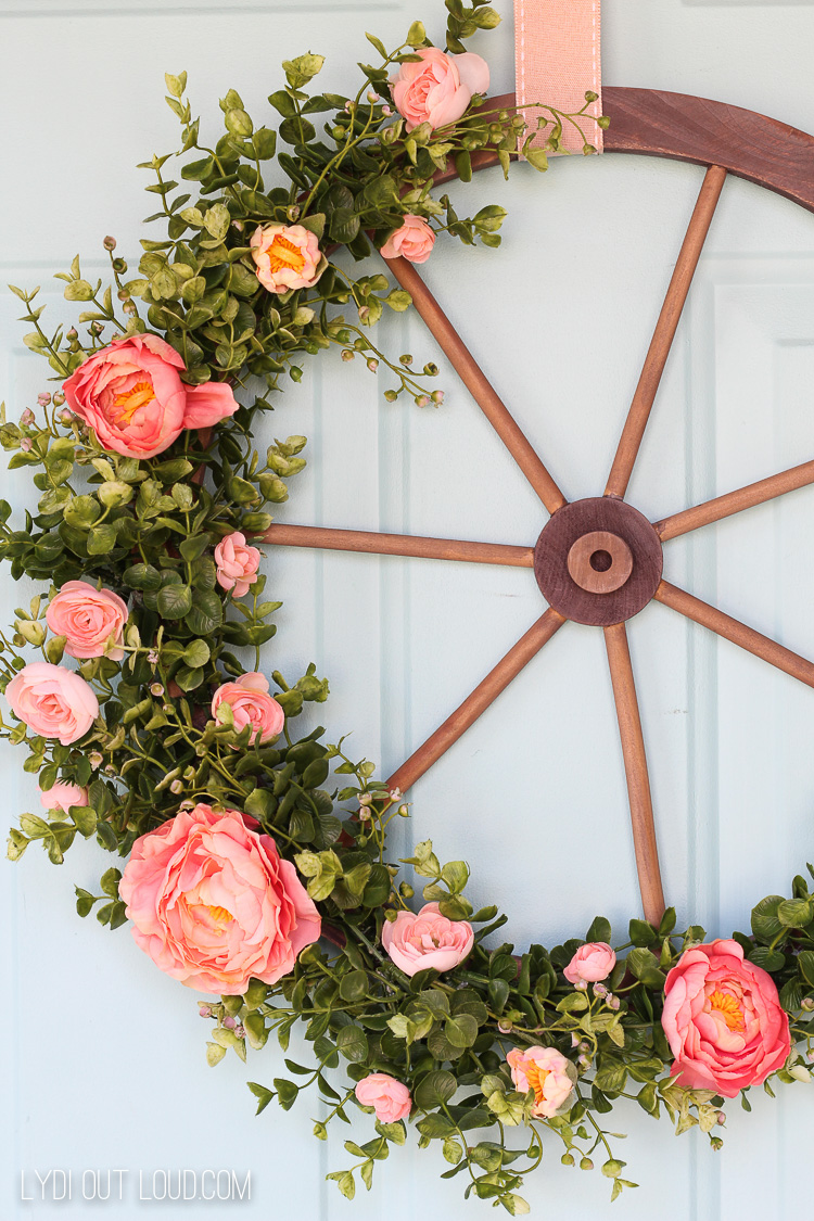 Spring Farmhouse Style Wagon Wheel Wreath