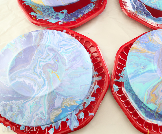 Dried Marbleized Appetizer Plates with the paint pouring technique